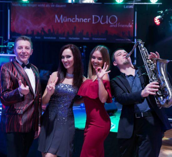 deutsch_russische_hochzeitsband_musikband_tamada_deutsch_russisch_saengerin_saxophonist_m-duo_web-2021a